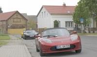 Sieben Teslas auf der eTour Brandenburg